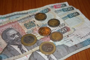 Spenden steuerlich absetzen - wie viel kostet mich meine Spende konkret?  (Im Bild: Kenyan Schillings, via brecorder.com)