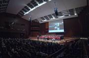 Mag. Johannes Stecher begrüßt das Publikum (Foto: Markus Nolf)