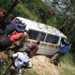 Das beschriebene Szenario mit Matatu im Graben